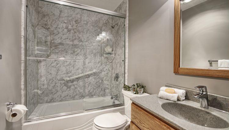 We R Baths - Jackson TN Bath Replacement (7)
