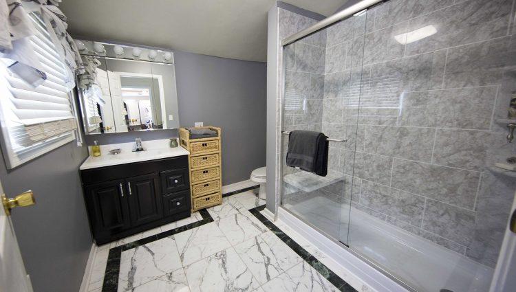 We R Baths - Jackson TN Bathroom Remodeling